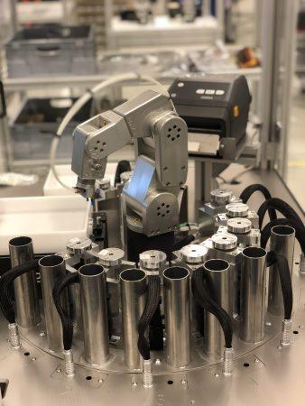 Mecademic's Meca500 robot