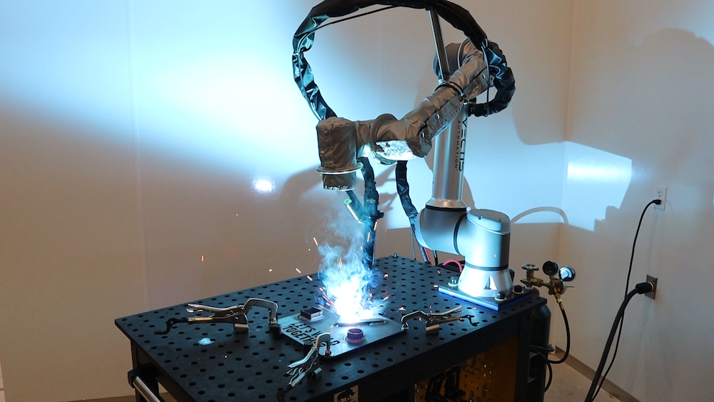 Vectis Automation releases welding robot powered by Universal Robots