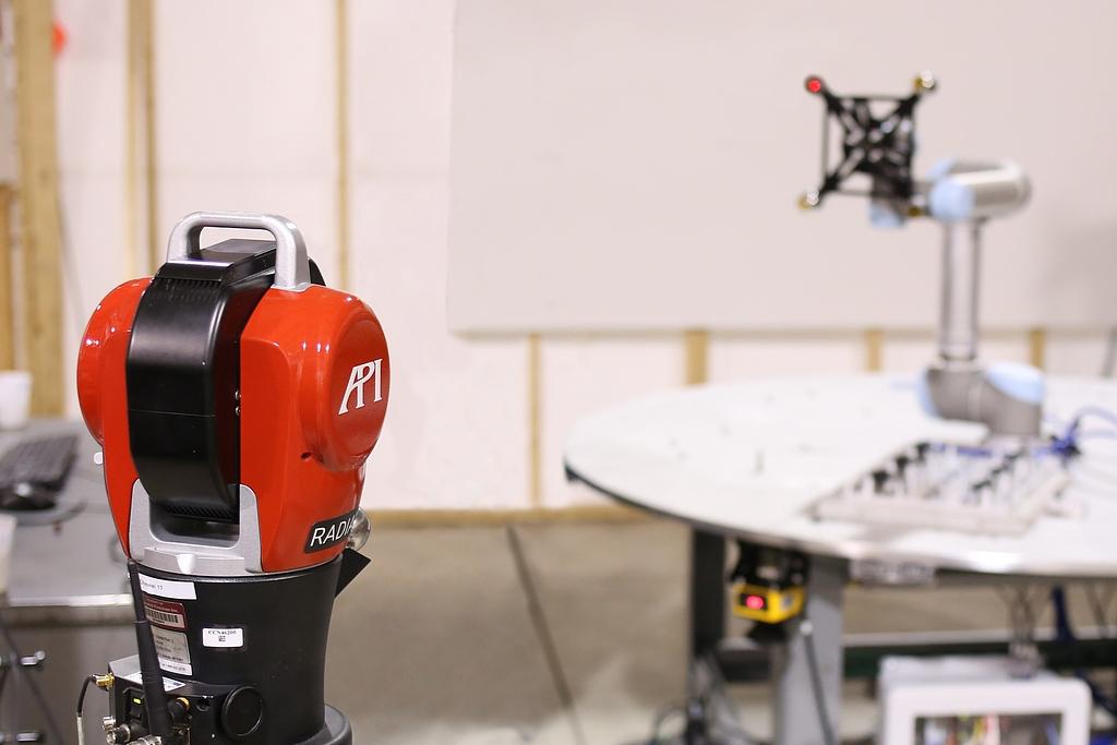 API and Universal Robots